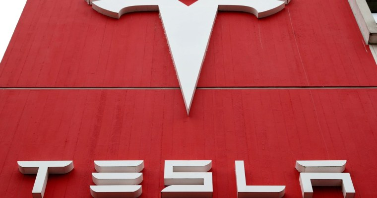 Tesla to resume accepting BTC if there is resonable usage of clean enrgy